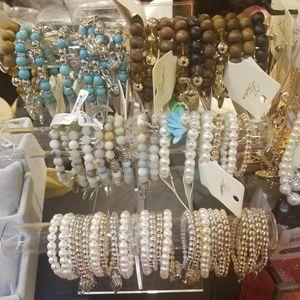 Jewelry - 💝💝New beautiful Bracelets